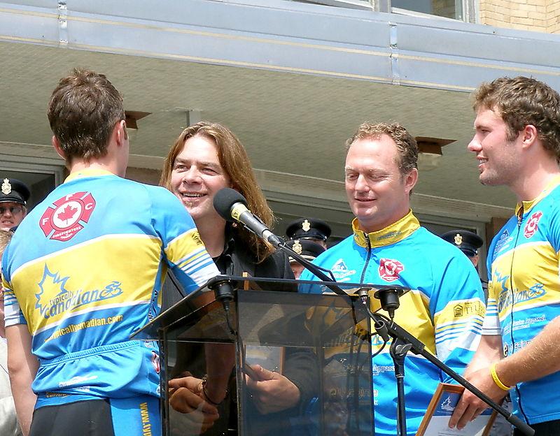 Alan Doyle, yellow jersey