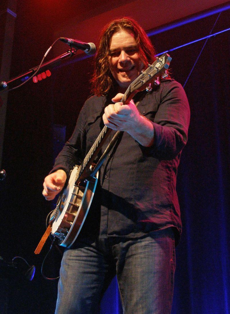 Petaluma 16 Banjo Love