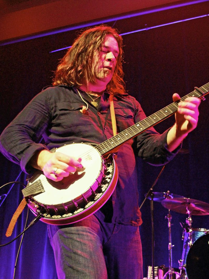 Petaluma 44 Banjo Love