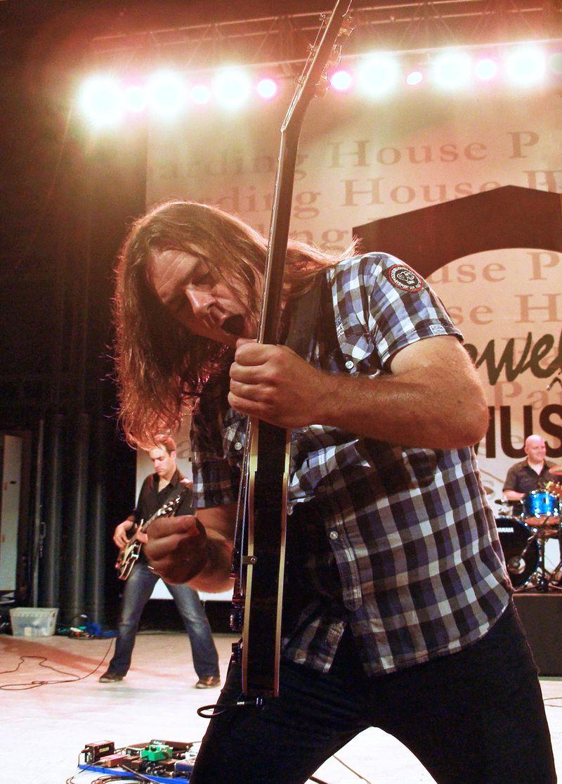 Lowell 13B WIAK Lead Guitarist