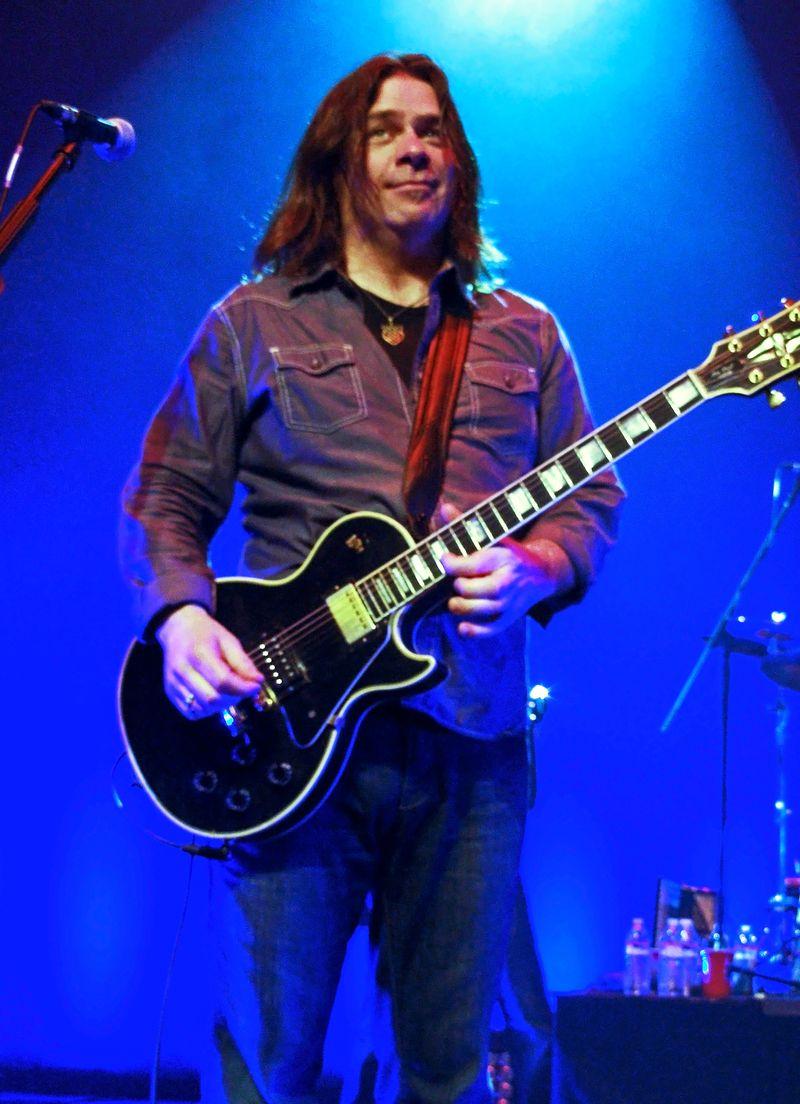 Rock Star Guitar Boy 8 b