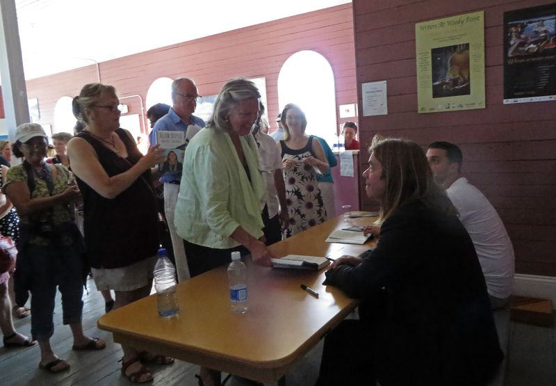 Author Autograph Seekers